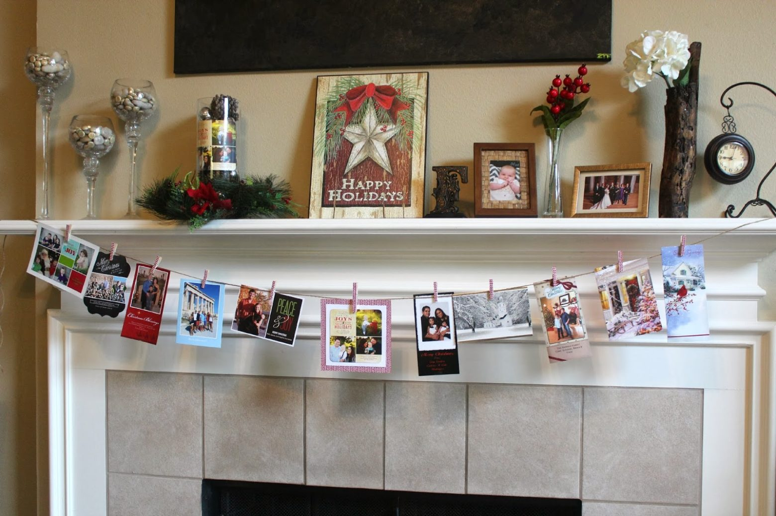 DIY Hanging Christmas Card Display