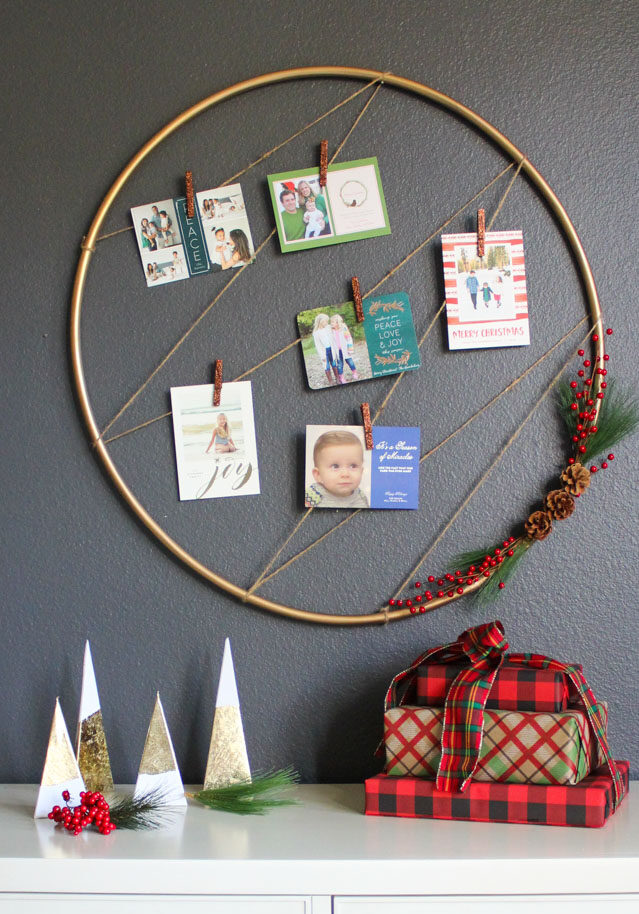 Hula hoop Christmas card holder idea