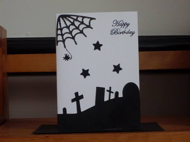 easy horror graveyard card